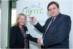 Diana Rainem, project manager with the HyTec project and deputy London mayor Kit Malthouse