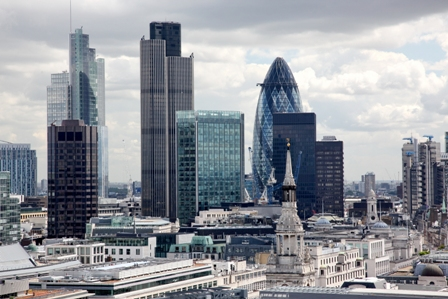 The City of London Corporation is to end the use of diesel vehicles across its operations