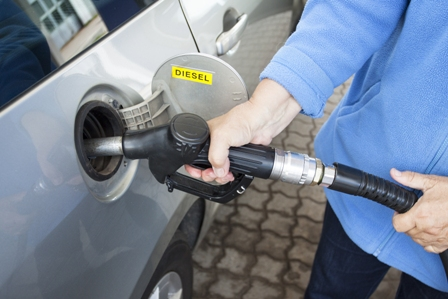 Petrol diesel and hybrid cars to be banned by 2040