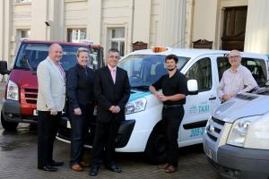 (l-r) Andy Cheesman of City Cabs, Cllr Stephanie Powell; cab driver Clive Nightingale, council air quality specialist Samuel Rouse; and, lead councillor for transport Ian Davey.  (Picture credit: Stephen Lawrence/SNAP)