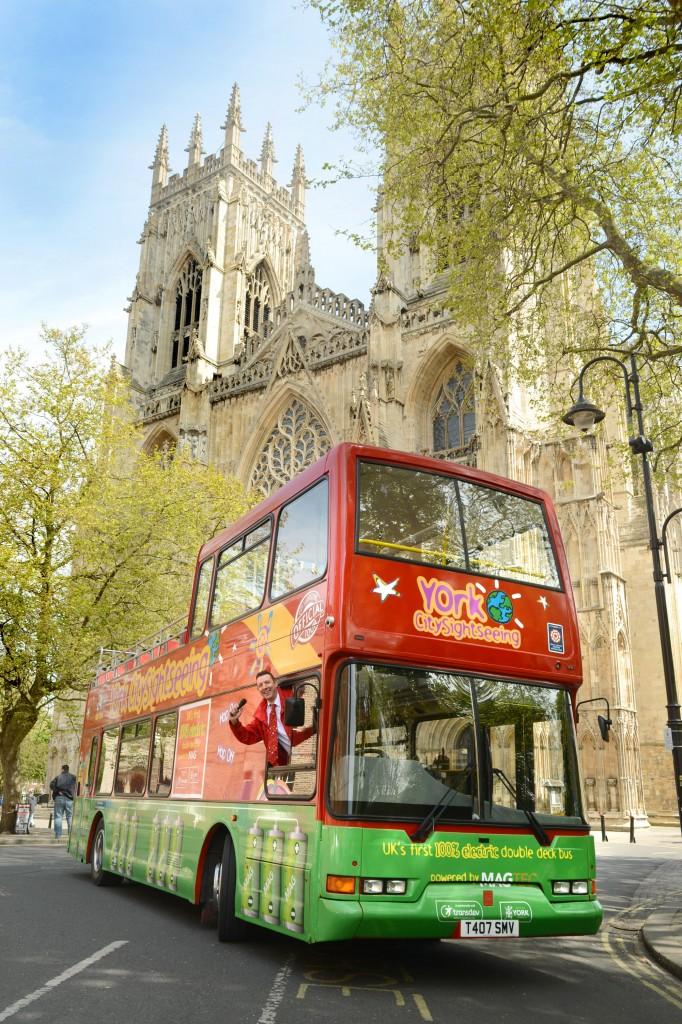 Electric Tour Bus 7873