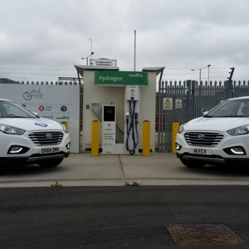 TfL Hyundai hydrogen vehicles at the Heathrow refuelling station
