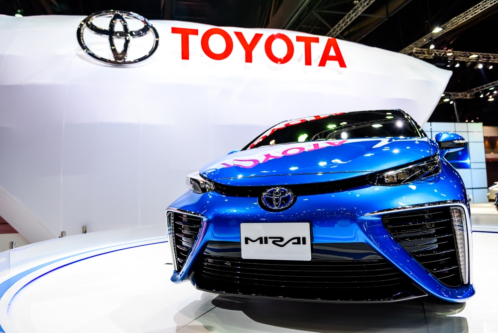 12 Toyota Mirai hydrogen fuel cell vehicles are expected on London's roads by the end of 2015