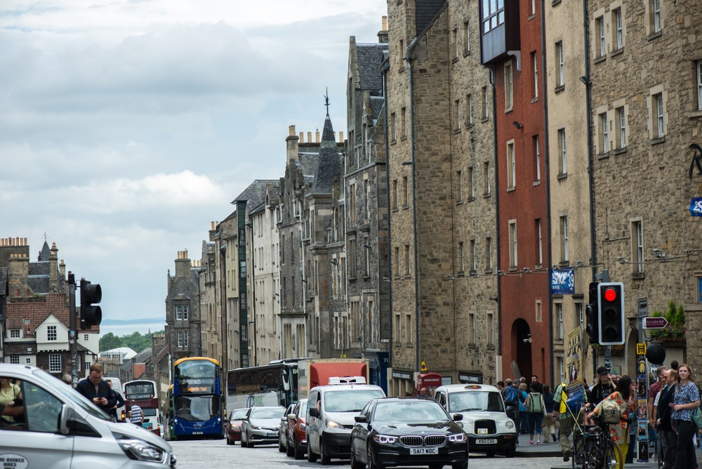 46150c3b8e Edinburgh considers plans to cut car-use in city centre